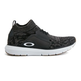 Oakley Stride Running Sneakers - Jet Black