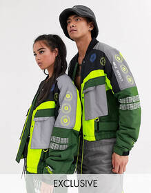 COLLUSION Unisex tech iconic jacket in green