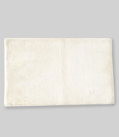 Southern Living Tufted Plush Bath Rug