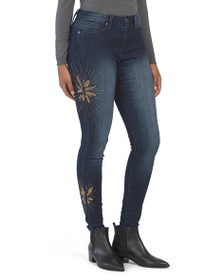 SEVEN7 Mid Rise Signature Skinny Jeans