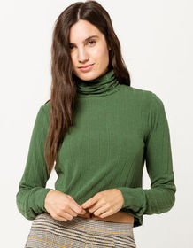 IVY & MAIN Ribbed Crop Hunter Womens Turtleneck To