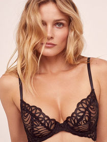 Victoria Secret After Dark Plunge Bra
