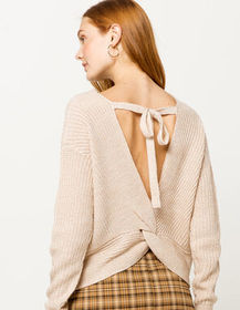 IVY & MAIN Open Twist Back Oatmeal Womens Sweater_