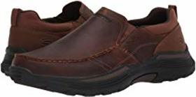 SKECHERS Relaxed Fit Expended - Seveno