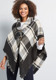 ModCloth ModCloth A Cozy Offering Poncho Black/Whi