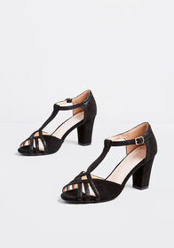 Soiree What You Need T-Strap Heel Black
