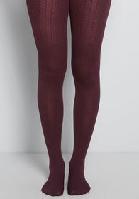 Cable for Discussion Tights in Plum AUBERGINE