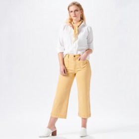Women's European Vacation Outfit