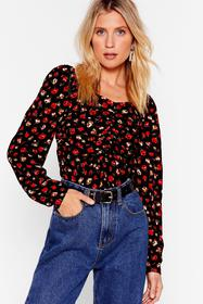 Nasty Gal Black What's Growing On Floral Cropped B