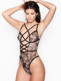 Victoria Secret Rose & Ring Triangle Teddy