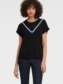 Donna Karan SHORT SLEEVE PULLOVER WITH V LUREX TRI