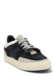 P448 Thomas Low Top Sneaker