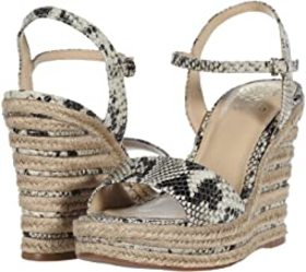 Vince Camuto Vince Camuto - Marybell. Color Black/