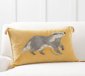 Pottery Barn HARRY POTTER™ Hufflepuff™ Pillow Cove