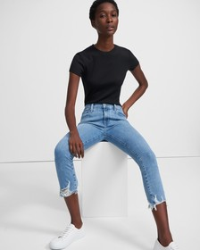 J Brand 835 Mid-Rise Cropped Skinny Jean in Comfor