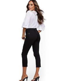 Mya Curvy High-Waisted Sculpting No Gap Capri Jean