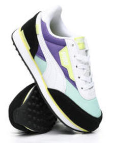 Puma future rider play on sneakers (10.5-3)